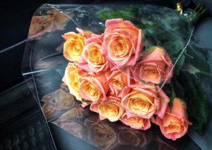 Сервис: праздничная акция для милых дам в день 8 марта